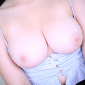 Aria Sky shows big tits
