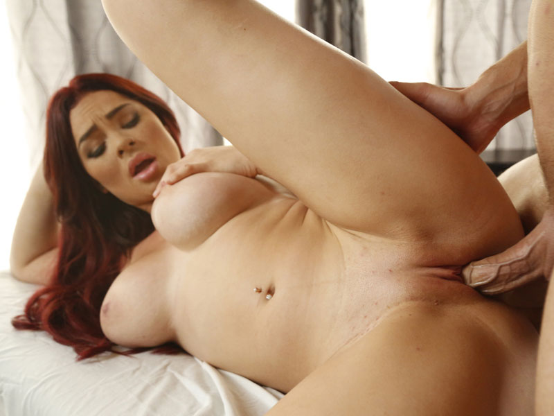 Busty Skyla Novea on titty massage