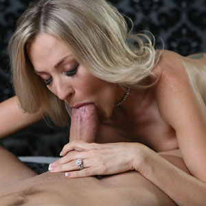 Blake Morgan blows thick cock