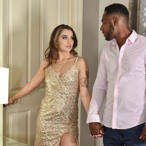 Sofie Reyez invites Derek Davis to bedroom