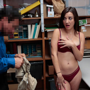 Shoplyfter Jade Amber looking hot in lingerie