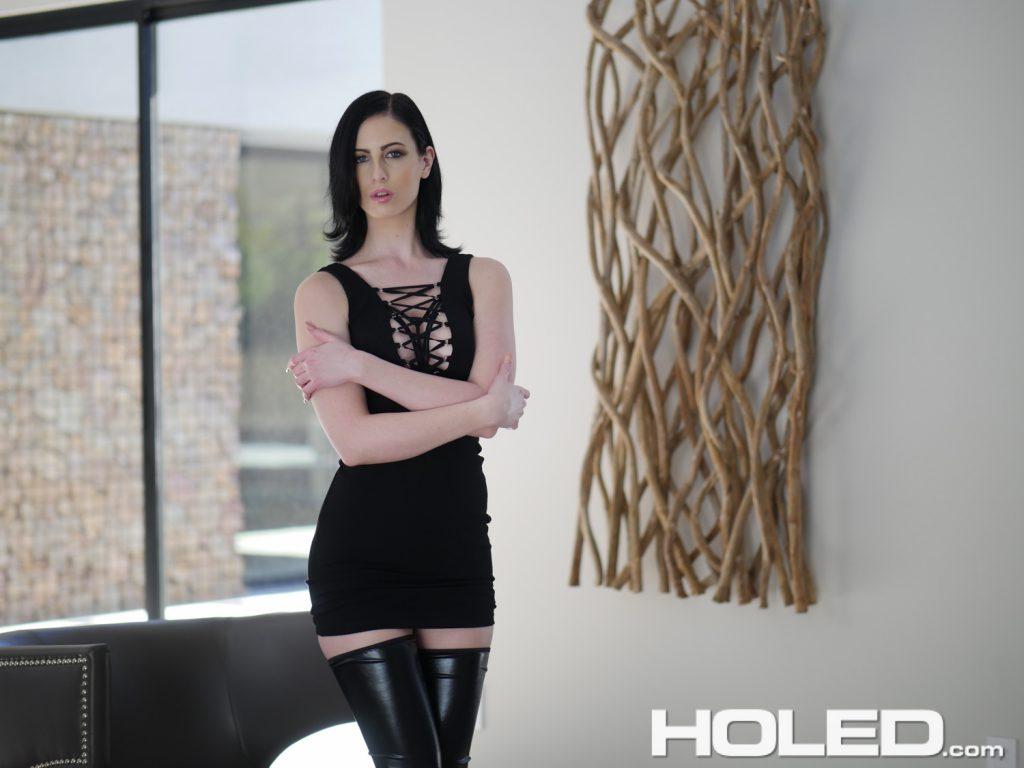 Hot brunette Alex Harper leaks jizz from her asshole after anal sex  2005919
