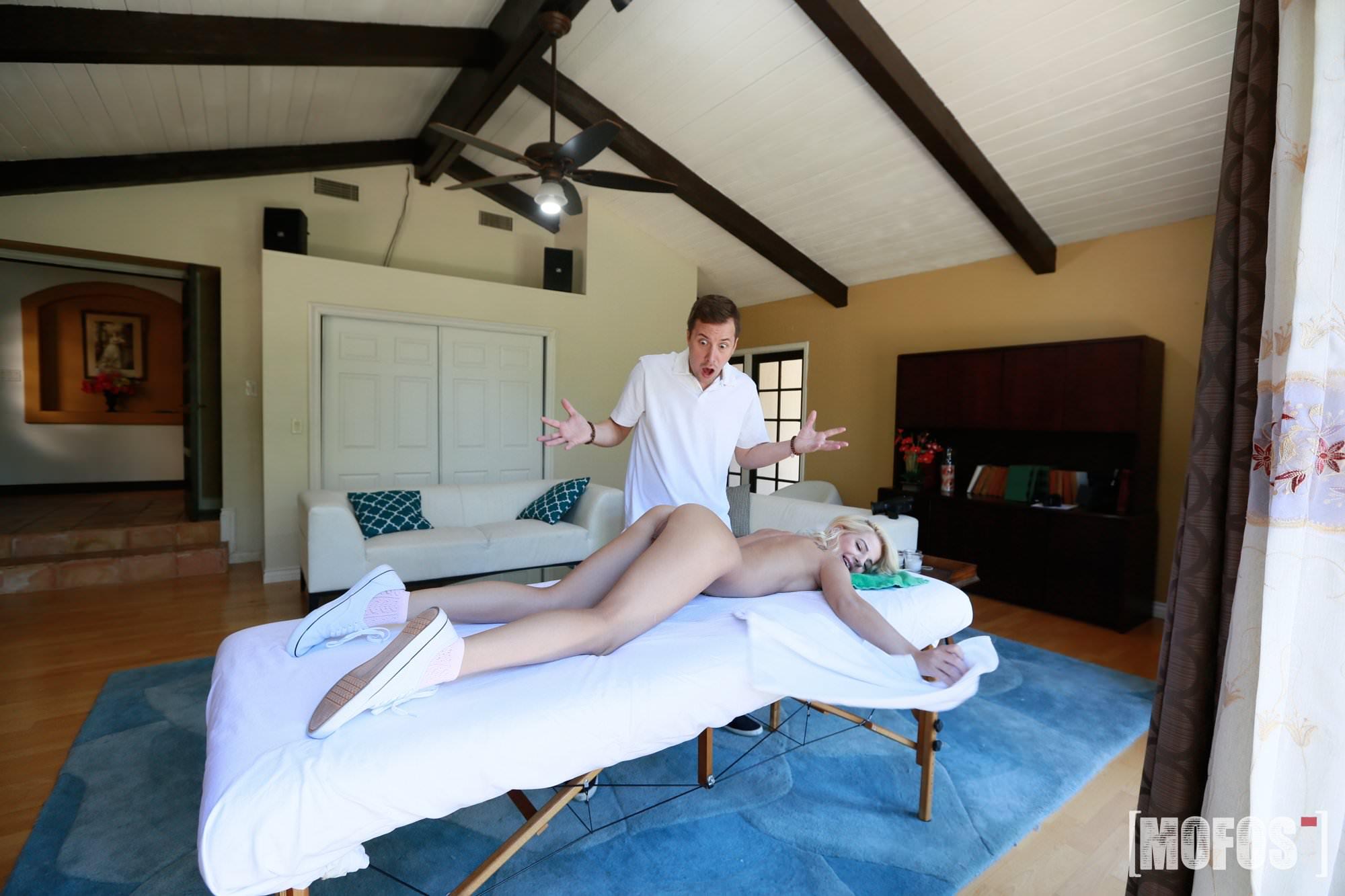 Massage Turns Into Hot Fuck Film